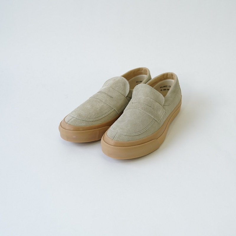 【PRAS プラス】COMFY LOAFERS / LT.GRAY