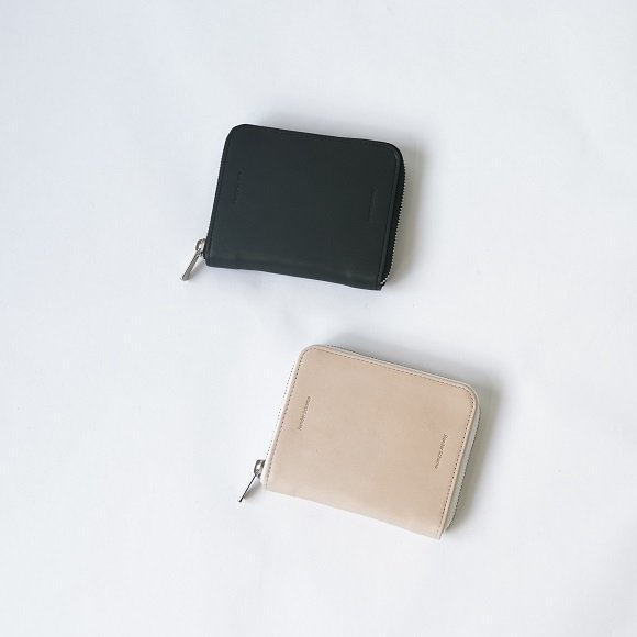 【Hender Scheme エンダースキーマ】square zip purse / 2COLOR