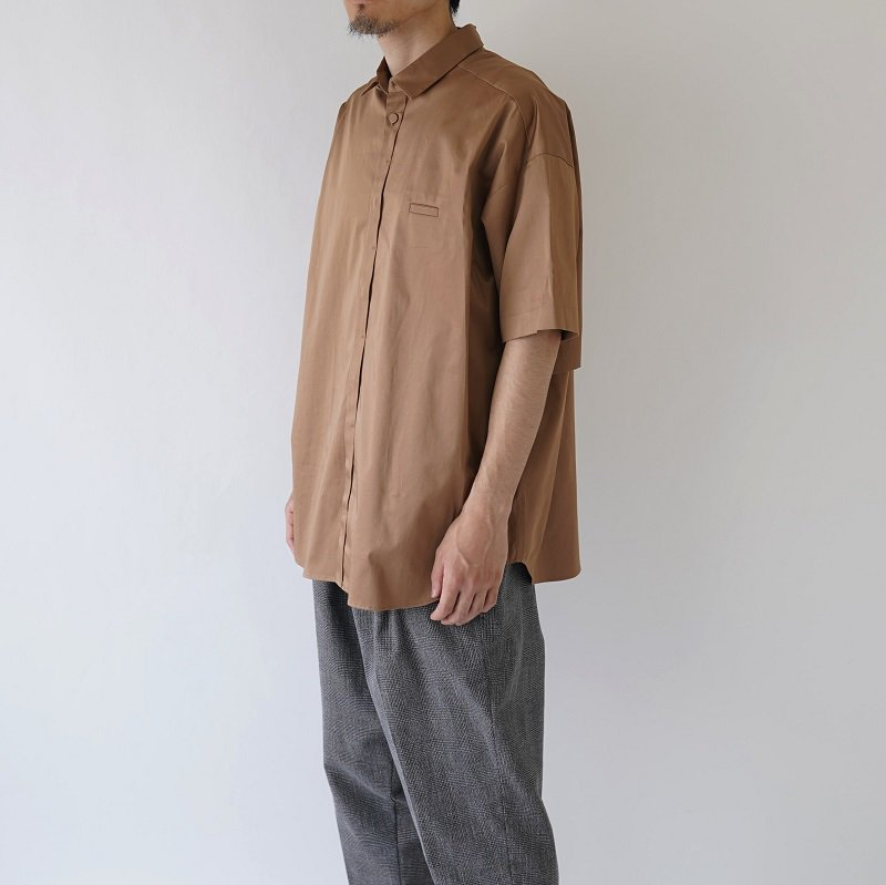 【Dulcamara ドゥルカマラ】Sスリーブトレンチシャツ-C / LIGHT BROWN<img class='new_mark_img2' src='https://img.shop-pro.jp/img/new/icons20.gif' style='border:none;display:inline;margin:0px;padding:0px;width:auto;' />