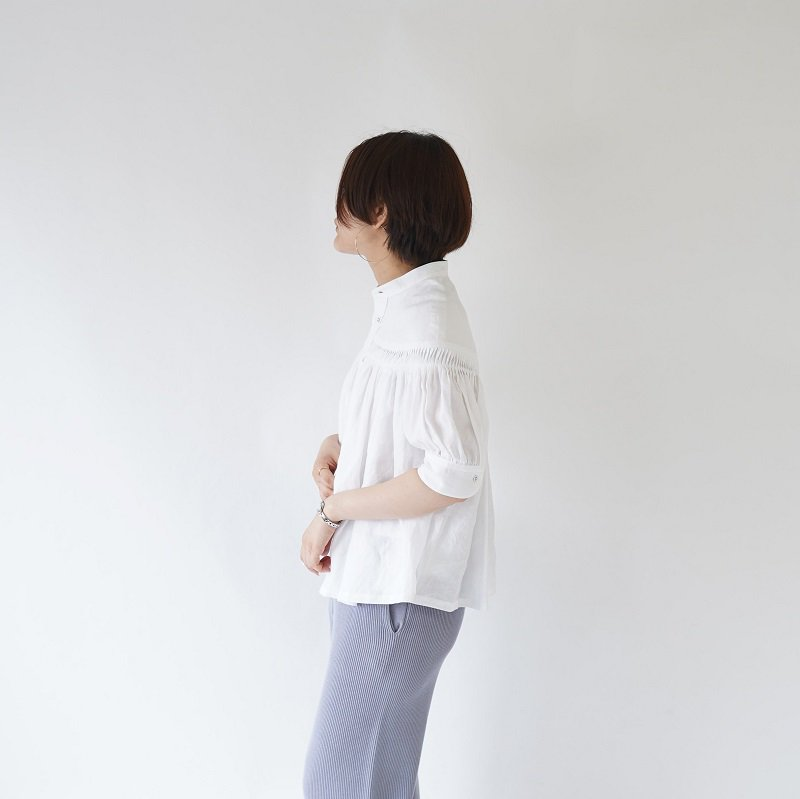 【SCYE サイ】S/S LINEN TUCK BLOUSE / OFF WHITE
