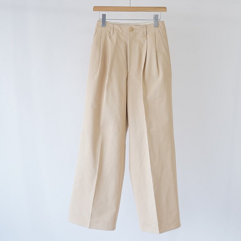 【AURALEE オーラリー】WASHED FINX LIGHT CHINO WIDE TUCK PANTS -WOMEN- / LIGHT BEIGE