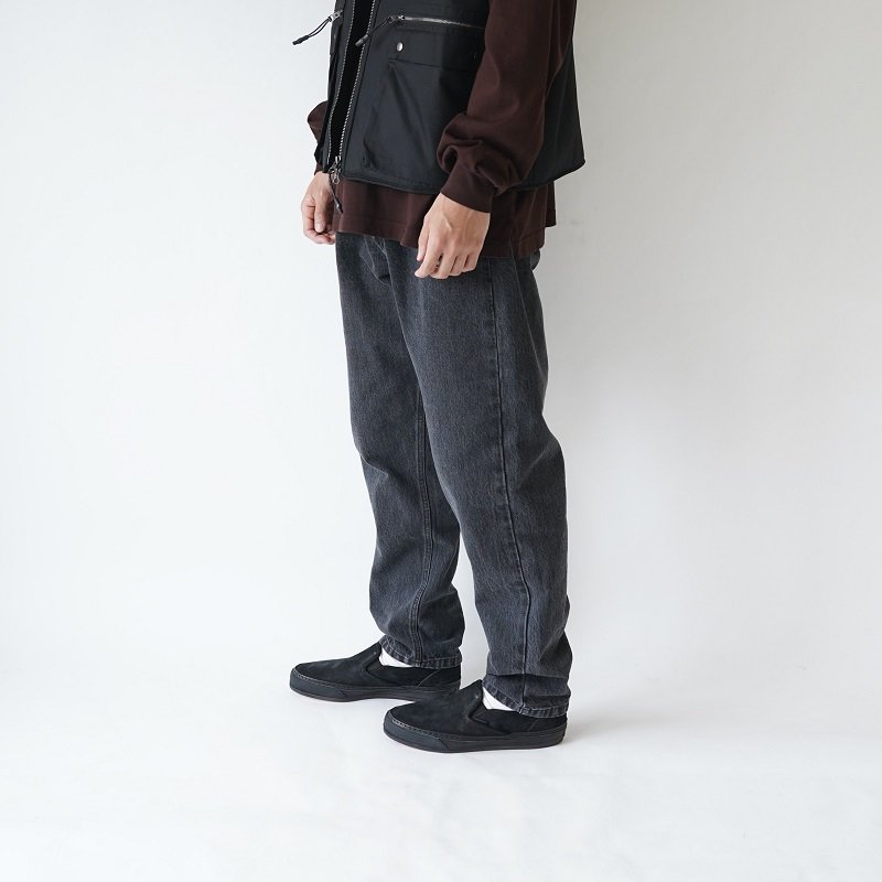 【URU  ウル】DENIM EASY PANTS -TYPE B- / L.BLACK