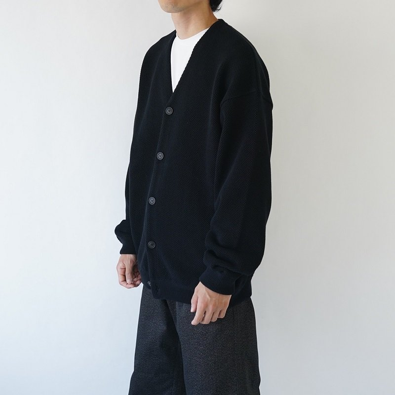 【crepuscule クレプスキュール】MOSS STITCH V/N CARDIGAN -MEN- / BLACK
