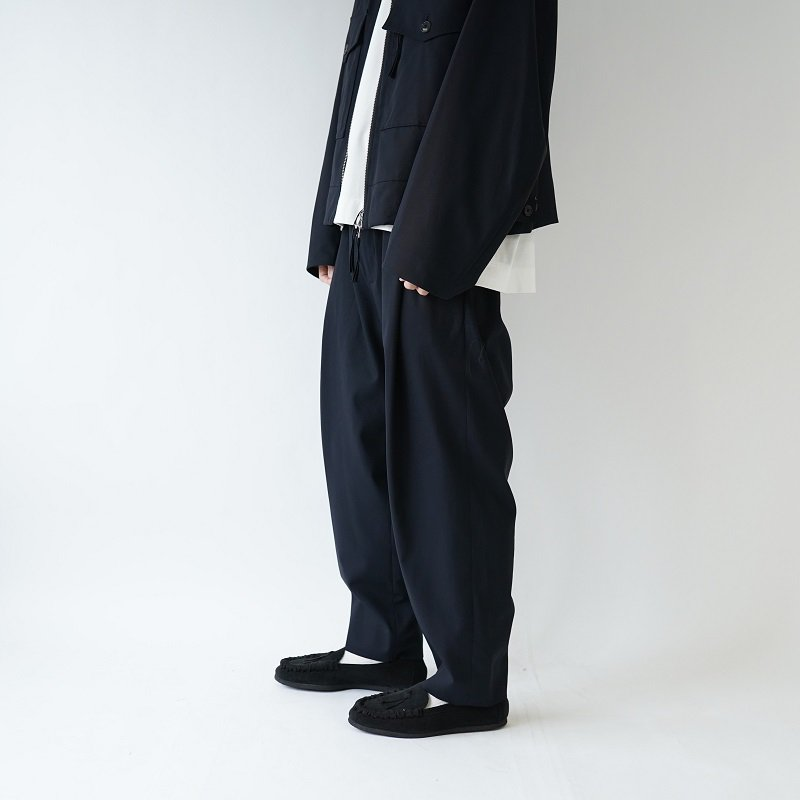 【URU ウル】 1 TUCK PANTS / NAVY