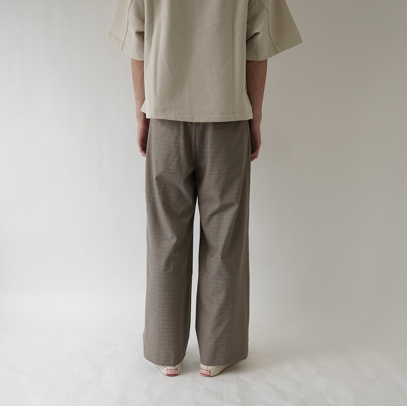 【URU ウル】 WIDE PANTS / L.BROWN