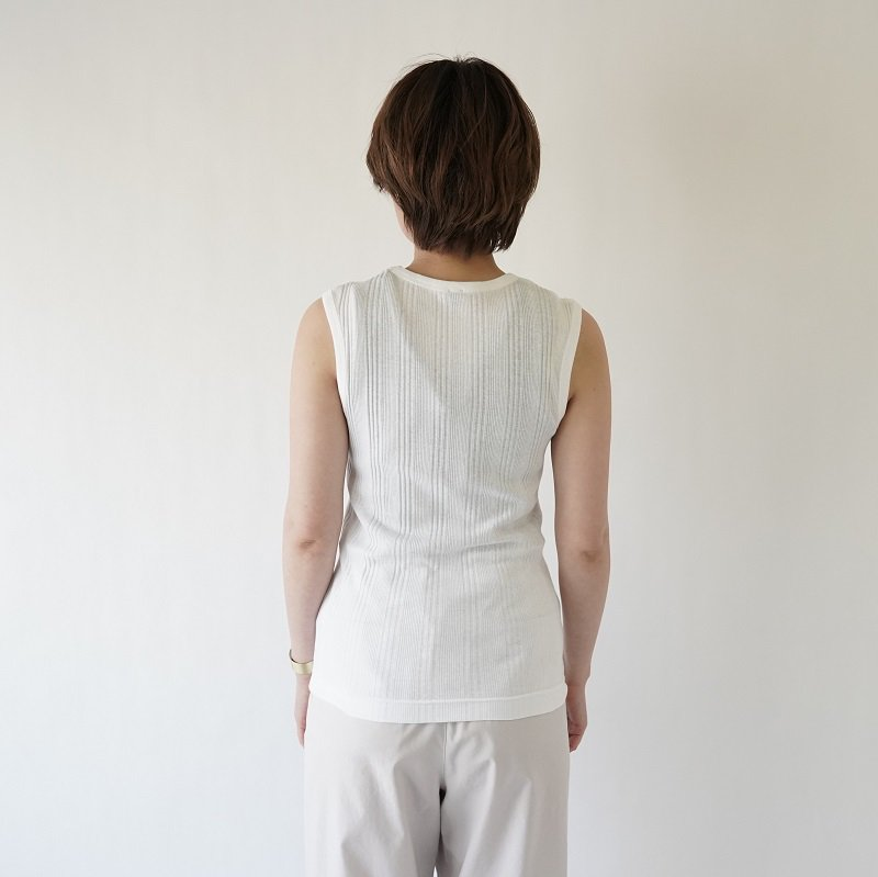 【BATONER バトナー】RANDOM RIB SLEEVELESS CREW NECK / WHITE
