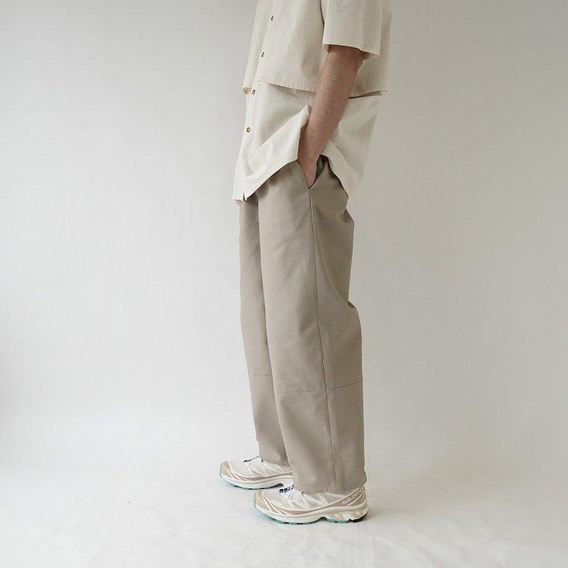 【CAMIEL FORTGENS カミエルフォートヘンス】AUBERGINE PANTS / SAND