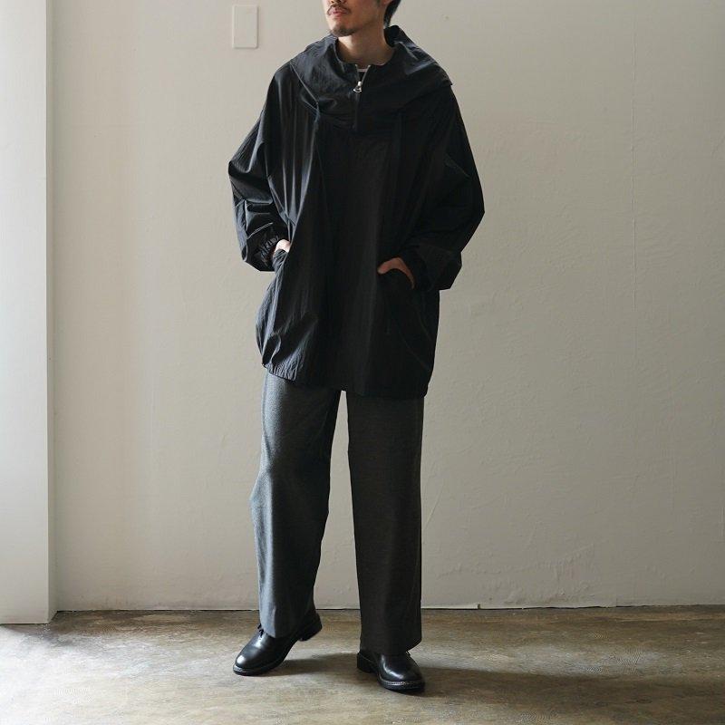 【POLYPLOID ポリプロイド】 PONCHO C / BLACK