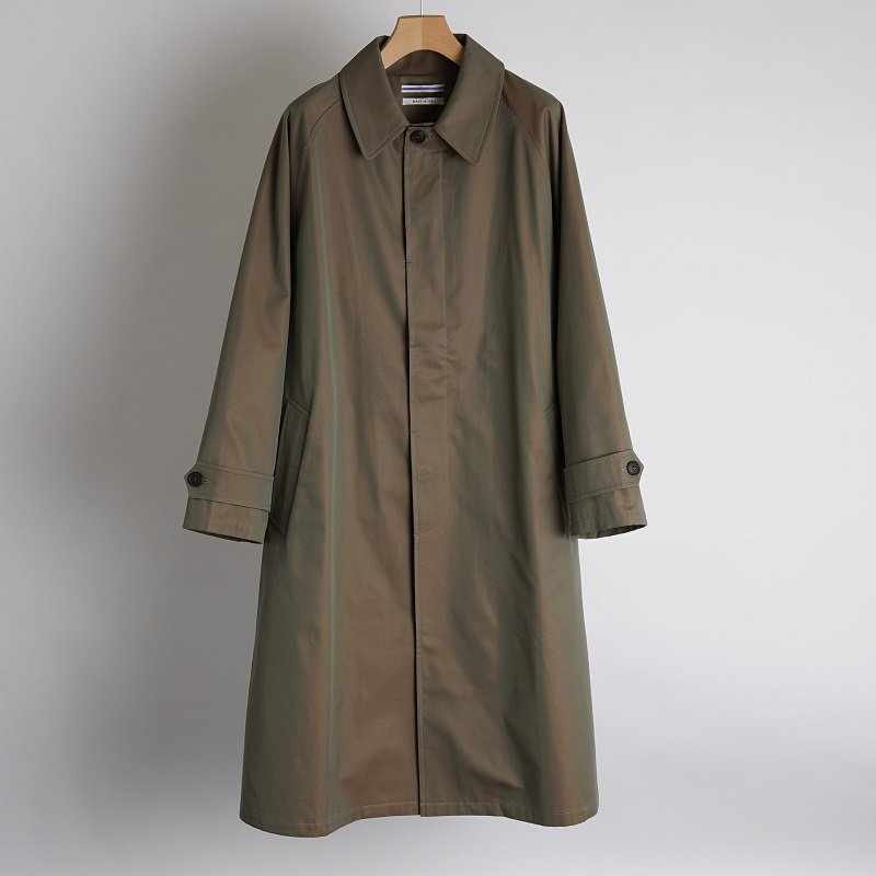 【21AW】【Cristaseya クリスタセヤ】 JAPANESE TWILL COTTON OVERSIZED TRENCH WITH LEATHER PATCH / PETROL