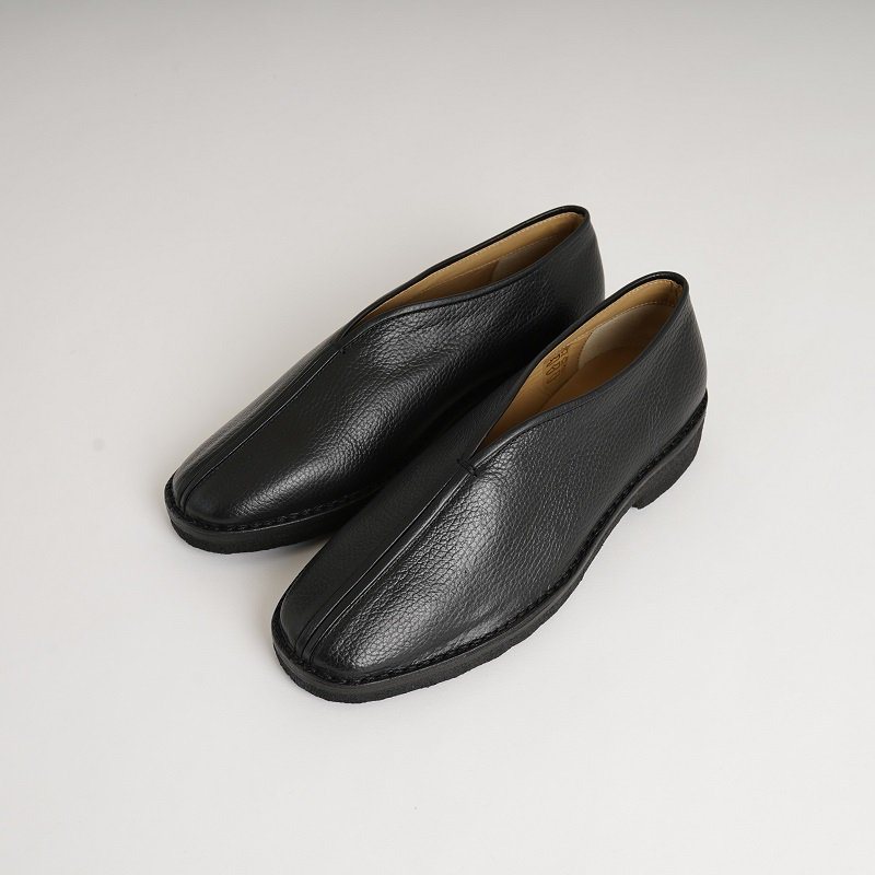 【LEMAIRE ルメール】 CHINESE SLIPPERS / BLACK