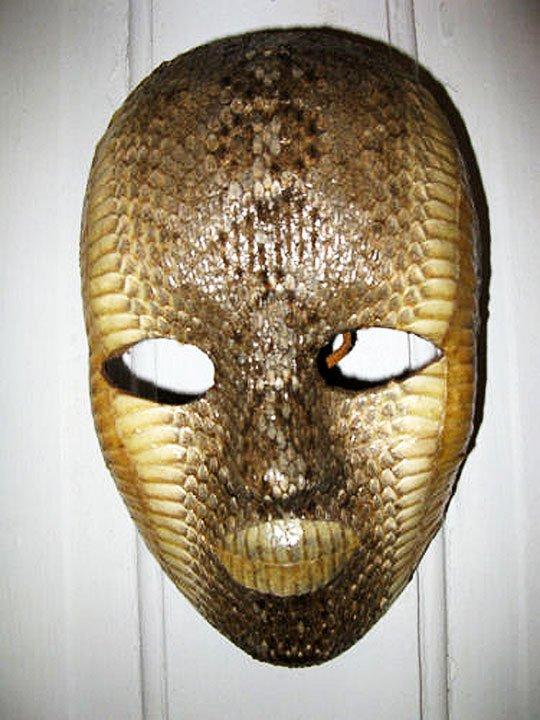 ダイヤガラガラヘビの皮マスク -...