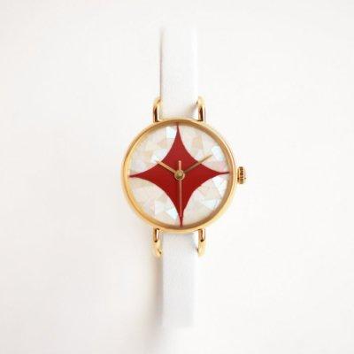 はなもっこ 螺鈿 赤漆に七宝紋(白貝)