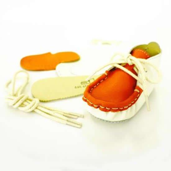 オレンジモカ「本革製ファーストシューズの手作りキット」