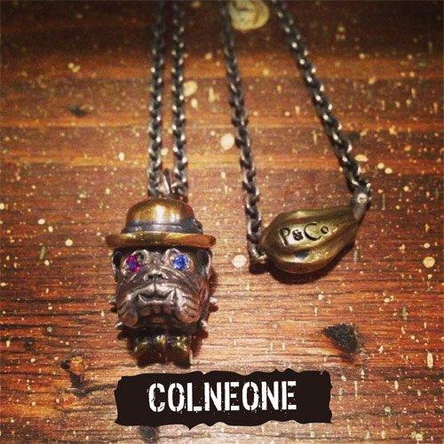 PEANUTS & Co. #BULL PENDANT -COLNEONE
