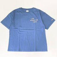 Champion 【チャンピオン】 「LOS ANGELES 1963」プリント・ルーズフィットTEE (Royal Blue)<img class='new_mark_img2' src='https://img.shop-pro.jp/img/new/icons41.gif' style='border:none;display:inline;margin:0px;padding:0px;width:auto;' />