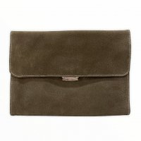 Charles et Charlus 【シャルル・エ・シャルリュス】 『Pouch Merallique』  Cuir Nuback Tourillon ヌバック・クラッチバッグ (Moss)