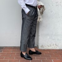 """DEVORE Incipit 【デヴォレ・インチピット】 """"DVR24 C"""" TAPERED シルク混コットンカルゼ・1プリーツキャロットフィット (Grigio per)<img class='new_mark_img2' src='https://img.shop-pro.jp/img/new/icons41.gif' style='border:none;display:inline;margin:0px;padding:0px;width:auto;' />"""