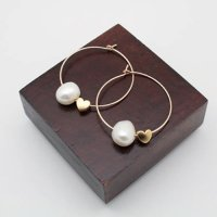 PHP 135<br>ピアス