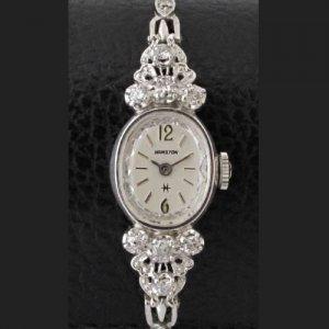 ハミルトン ダイヤブレスウォッチ オーバル 透かし彫り レディースアンティーク腕時計