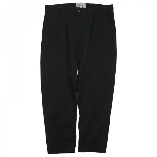 ISAACSON CROPPED - Black