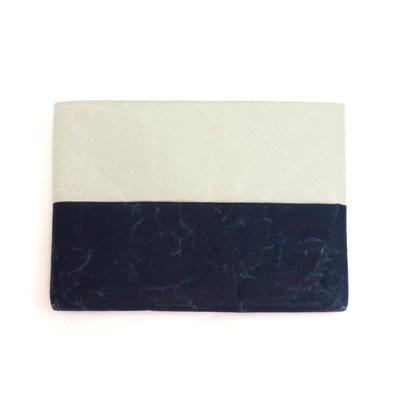 SIWA|紙和/【限定】 クッションケース ipadサイズ バイカラー (グレー ダークブルー)