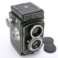 <img class='new_mark_img1' src='https://img.shop-pro.jp/img/new/icons15.gif' style='border:none;display:inline;margin:0px;padding:0px;width:auto;' />ROLLEICORD III ローライコード Xenar クセナー75mm F3.5