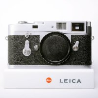 <img class='new_mark_img1' src='https://img.shop-pro.jp/img/new/icons15.gif' style='border:none;display:inline;margin:0px;padding:0px;width:auto;' />LEICA ライカ M2 後期 セルフタイマー付 1965年 ドイツ製
