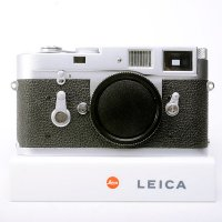 <img class='new_mark_img1' src='https://img.shop-pro.jp/img/new/icons15.gif' style='border:none;display:inline;margin:0px;padding:0px;width:auto;' />LEICA ライカ M2 後期 セルフタイマー付 1965年 ドイツ製 + ラピッドローディング