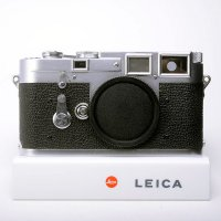 <img class='new_mark_img1' src='https://img.shop-pro.jp/img/new/icons15.gif' style='border:none;display:inline;margin:0px;padding:0px;width:auto;' />LEICA ライカ M3 DS ダブルストローク 最初期型 70万番台 1954年製 + 革ケース