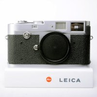 <img class='new_mark_img1' src='https://img.shop-pro.jp/img/new/icons15.gif' style='border:none;display:inline;margin:0px;padding:0px;width:auto;' />LEICA ライカ M1 シルバークローム 1959年製 Rボタンモデル
