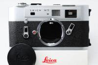 <img class='new_mark_img1' src='https://img.shop-pro.jp/img/new/icons15.gif' style='border:none;display:inline;margin:0px;padding:0px;width:auto;' />Leica ライカ M5 2点吊 前期129万番 シルバークローム