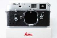 <img class='new_mark_img1' src='https://img.shop-pro.jp/img/new/icons15.gif' style='border:none;display:inline;margin:0px;padding:0px;width:auto;' />Leica ライカ M4 中期 123万台 1969年 おまけ付