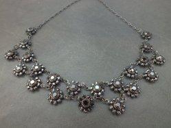 Black Flowers Necklace