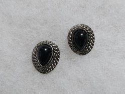 Black+Silver Pierced Earring