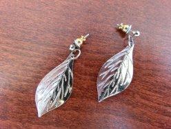 Silver Tone Leaf Pierced Earring
