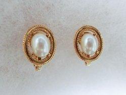 Monet・Pearl Earring