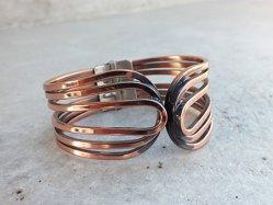 Pink Bronze Line Bangle