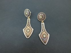 Exotic Pattern Pierced Earring