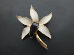 Ivory Flower Broach