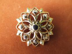 Symmetrical Broach