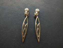 Sharp Yellow Gold Earring