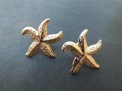 Gold Starfish Pierced Earring