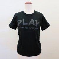 【レディース】PLAY COMME des GARCONS 半袖Tシャツ 黒 綿天竺 PLAYロゴ バックプリント 逆さPLAYロゴ<img class='new_mark_img2' src='https://img.shop-pro.jp/img/new/icons15.gif' style='border:none;display:inline;margin:0px;padding:0px;width:auto;' />