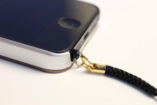 iphone用ストラップ イヤホンジャック用キャップ