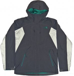 <img class='new_mark_img1' src='https://img.shop-pro.jp/img/new/icons20.gif' style='border:none;display:inline;margin:0px;padding:0px;width:auto;' />The North Face Cinder Tri Jacket  -グレー