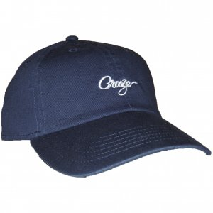 <img class='new_mark_img1' src='https://img.shop-pro.jp/img/new/icons55.gif' style='border:none;display:inline;margin:0px;padding:0px;width:auto;' />CROOZE Script Logo Dad Hat -ネイビー