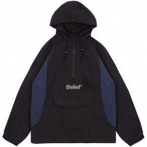 <img class='new_mark_img1' src='https://img.shop-pro.jp/img/new/icons1.gif' style='border:none;display:inline;margin:0px;padding:0px;width:auto;' /> Belief NYC Sports Logo Anorak -ブラック