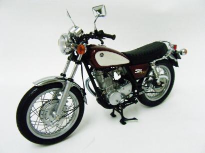 ミニチャンプス 1/12 YAMAHA SR500 1988 レッド