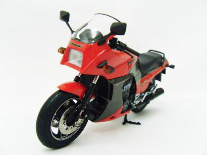 WIT'S 1/12 Kawasaki GPZ 900R Ninja (A1)  レッド/ガンメタ