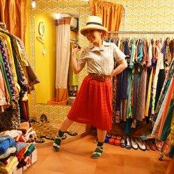 【JOLIE】きれいな赤色プリーツスカート (セットアップ品・単品価格)  S−1428【レターパックプラス可】
